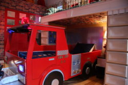 Fire truck bed with Fasade diamond plate